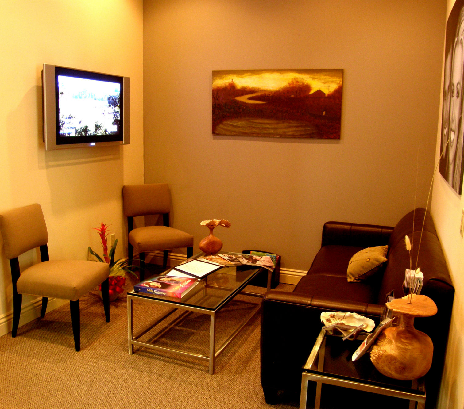 Relax in our comfortable waiting room (although you won't spend much time here).