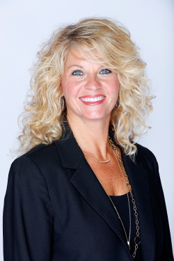 Coach Sherri Coale presents at Annual Meeting Opening Session