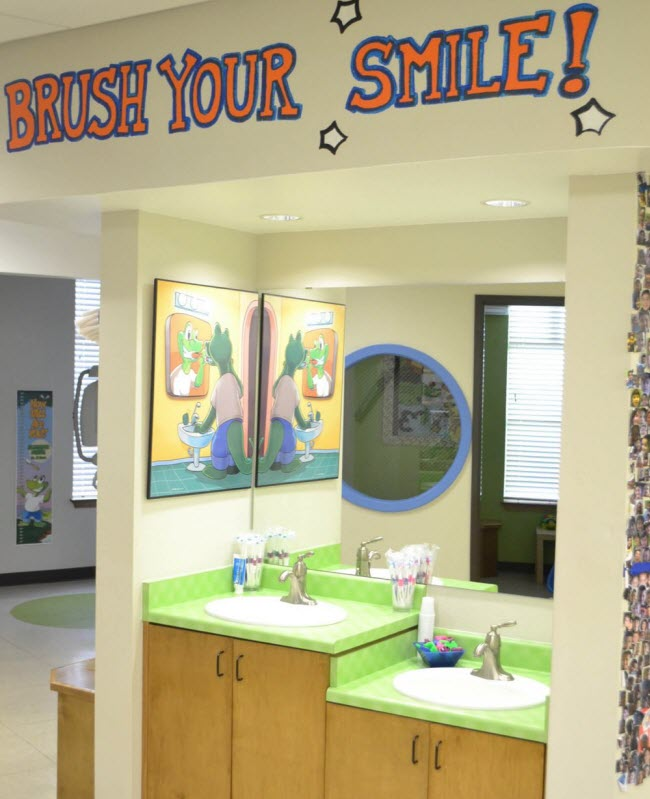 Another look at the brushing station at Alligator Dental, a pediatric dentist located in Sequin, Texas.  Accepting new patients now!