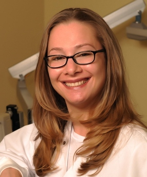 Fort Lee Dentist,  Ali Weiselberg, DDS specializes in family, cosmetic & implant dentistry