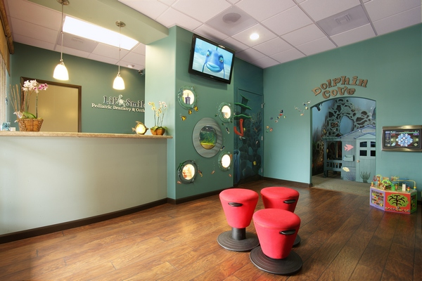clean family friendly pediatric dental practice in san diego