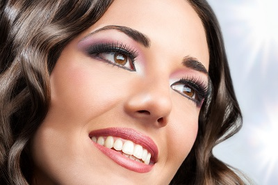 closeup shot of brunette smiling