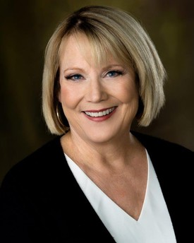 Meet The Dentists Crystal Lake Il Kay Henry Dds Pc